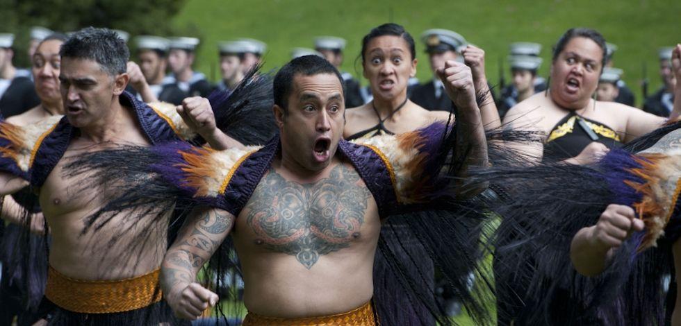 Visita de la Universidad de Waikato al CEEABC-UCSH acuerda trabajo colaborativo de líderes en educación mapuche-maorí